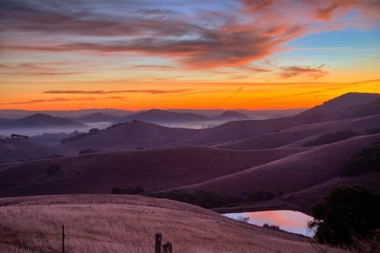 vincent-james-dark-mood-and-sunrise-hills-petaluma-sonoma-county-bay-area