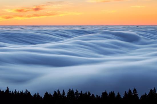 vincent-james-fog-stream-at-sunset-mount-tam-pacific-ocaen-san-francisco