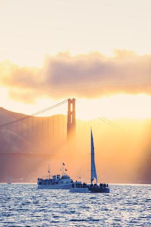 vincent-james-golden-beams-and-boats-at-beautiful-golden-gate-bridge-san-francisco-bay