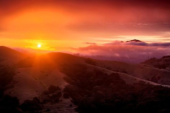 vincent-james-summer-sunrise-and-fog-moody-east-bay-hills-northern-california