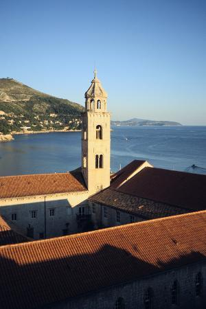 vivienne-sharp-bell-tower-dubrovnik-croatia