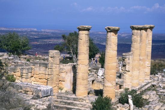 vivienne-sharp-the-temple-of-apollo-cyrene-libya-6th-century-bc