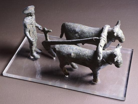 votive-bronze-statuette-depicting-plowman-artifact-from-arezzo