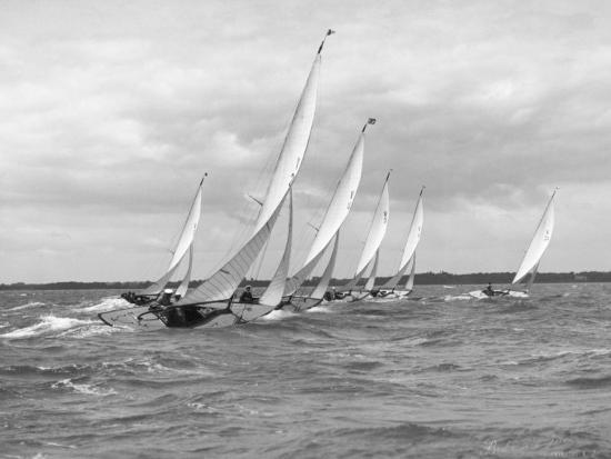 w-robert-moore-sailboats-race-each-other-off-the-coast-of-england-near-cowes