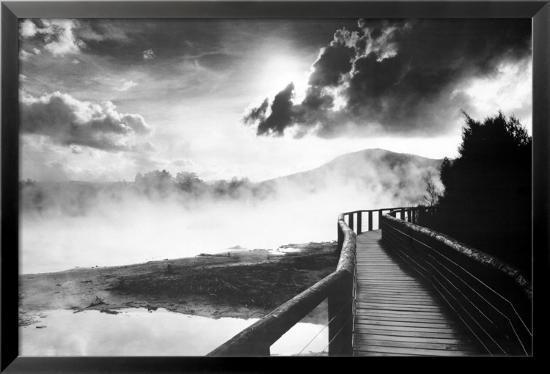 walkway-over-the-lake