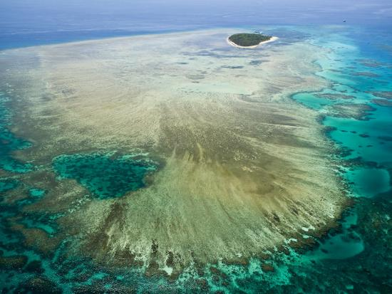 walter-bibikow-aerial-view-of-green-island-the-great-barrier-reef-cairns-area-north-coast-queensland