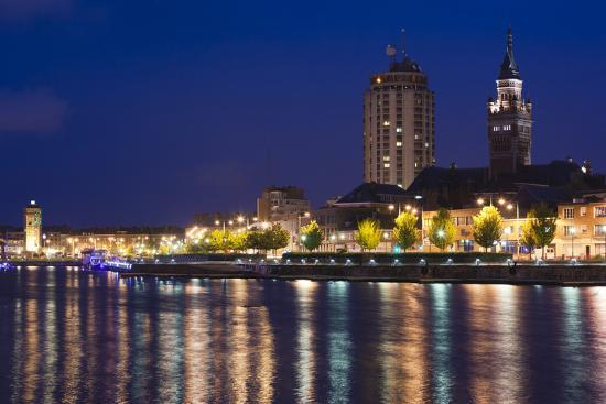 walter-bibikow-city-view-from-the-marina-at-dusk-dunkerque-french-flanders-france