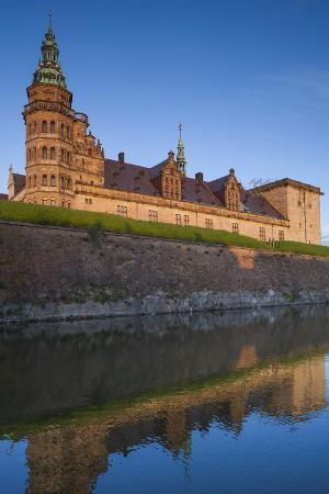 walter-bibikow-denmark-also-known-as-elsinore-castle