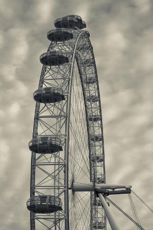 walter-bibikow-england-london-london-eye-morning