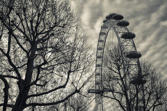 walter-bibikow-england-london-london-eye-morning
