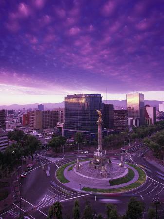 walter-bibikow-monumento-a-la-indepencia-mexico-city