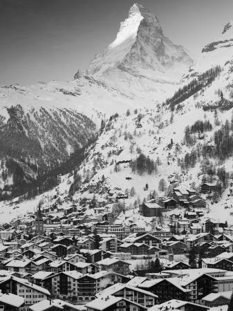 walter-bibikow-morning-town-view-with-matterhorn-zermatt-valais-wallis-switzerland