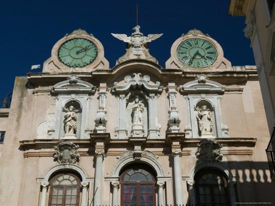 walter-bibikow-twin-clock-tower-palazzo-senatorio-trapani-sicily-italy