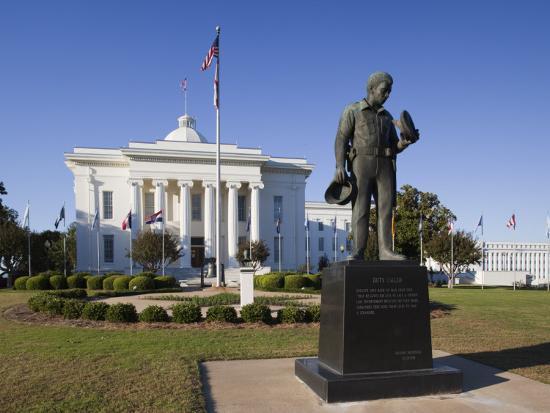 walter-bibikow-usa-alabama-montgomery-alabama-state-capitol-police-monument