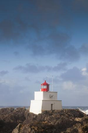 walter-bibikow-wild-pacific-trail-amphitrite-lighthouse-vancouver-island-british-columbia-canada