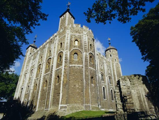 walter-rawlings-the-white-tower-tower-of-london-london
