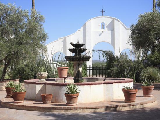 wendy-connett-courtyard-san-xavier-del-bac-mission-tucson-arizona-united-states-of-america-north-america