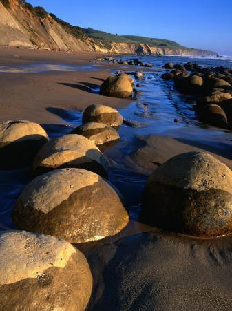 wes-walker-bowling-ball-beach-in-the-point-arena-area-mendocino-california-usa
