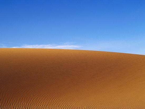 will-salter-horizon-beyond-rippled-dune-dakhla-oasis-egypt