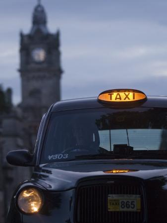 will-salter-taxi-with-balmoral-hotel-in-background