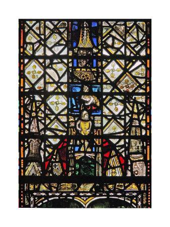 window-w31-depicting-a-canopy-with-a-figure