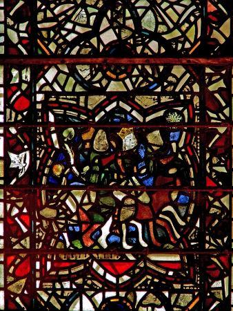 window-w57-depicting-the-magi-follow-the-star