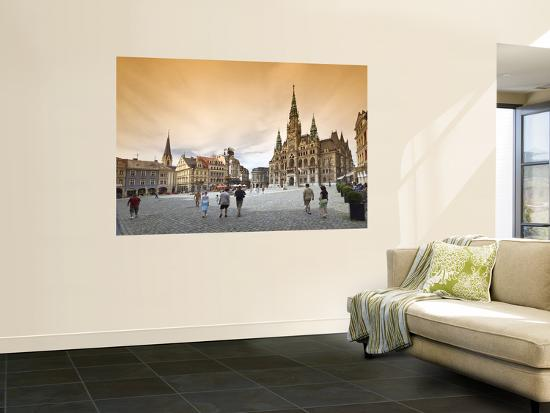 witold-skrypczak-namesti-benese-with-town-hall