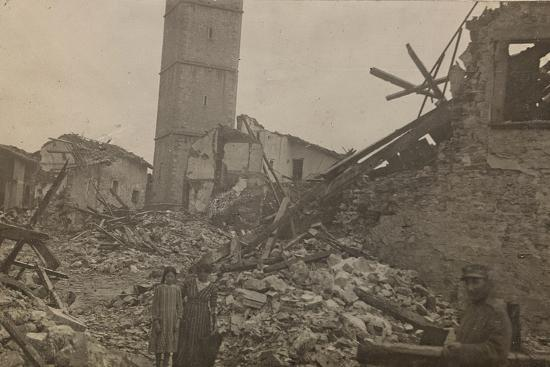 world-war-i-the-historical-center-of-mariano-comense-destroyed-by-bombing