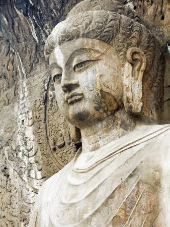 xiaoyang-liu-colossal-buddha-sculpture-at-fengxian-temple-of-longmen-grottoes