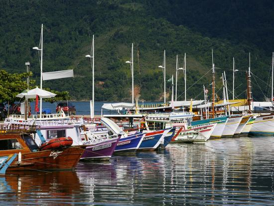 yadid-levy-colorful-fishing-boats-in-the-harbour-parati-rio-de-janeiro-state-brazil-south-america