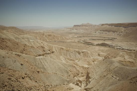 yadid-levy-landscape-of-the-zin-valley-negev-region-israel-middle-east