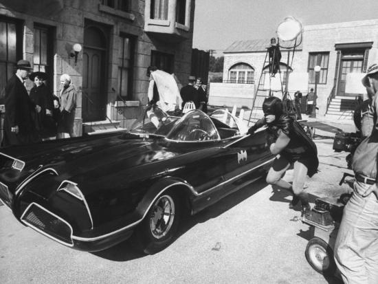 yale-joel-batman-adam-west-and-robin-burt-ward-during-shooting-of-scene