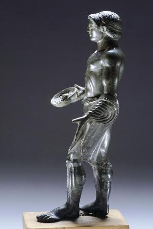 young-male-praying-bronze-figurinette-from-monteacuto-ragazza