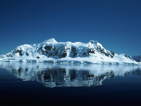 yvette-cardozo-glacier-and-reflection-paradise-bay-antarctica