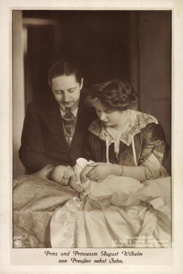 Prinz Und Prinzessin August Wilhelm Von Preußen--Giclee Print