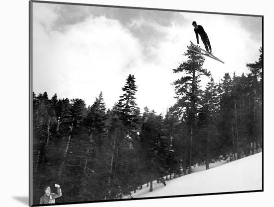 Prize Winnning Leap (b/w photo)--Mounted Photographic Print