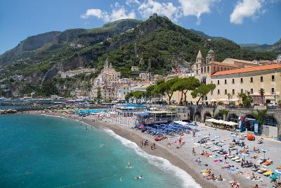 Promenade, Amalfi, Costiera Amalfitana (Amalfi Coast), UNESCO World Heritage Site, Campania-Frank Fell-Photographic Print