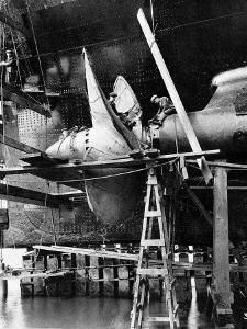 Propellor of R.M.S. Queen Mary, September 1934