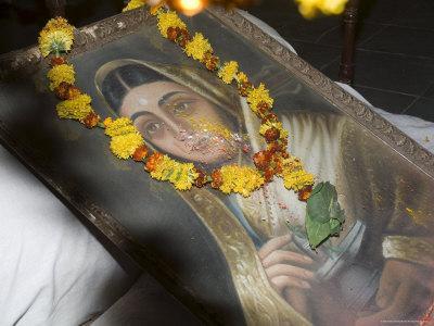 https://imgc.artprintimages.com/img/print/protrait-of-one-of-india-s-most-celebrated-18th-centure-female-rulers-india_u-l-p2qxfy0.jpg?p=0