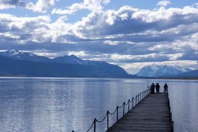 Puerto Natales, Tierra Del Fuego, Chile-Peter Groenendijk-Photographic Print