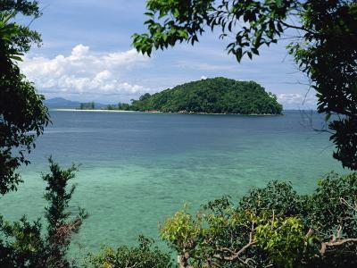 Pulau Mamutik Islands in Tunku Abdul Rahman Park, Sabah, Borneo, Malaysia, Southeast Asia-Robert Francis-Photographic Print
