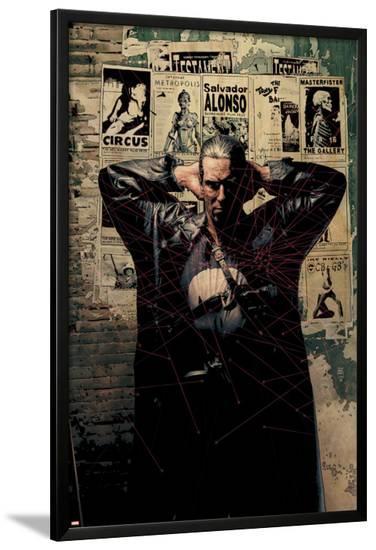 Punisher No.2 Cover: Punisher--Lamina Framed Poster
