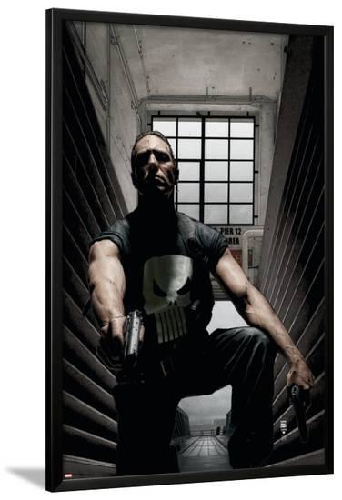Punisher No.29 Cover: Punisher-Tim Bradstreet-Lamina Framed Poster