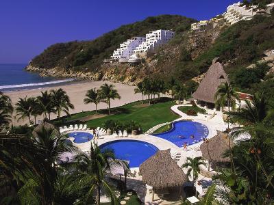 Punta Diamante Resort, Acapulco, Mexico-Walter Bibikow-Photographic Print