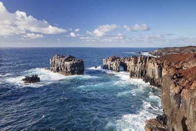 https://imgc.artprintimages.com/img/print/puntas-de-gutierrez-lava-coast-el-hierro-canary-islands-spain_u-l-q12s8np0.jpg?p=0