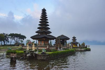 Pura Ulun Danu Bratan Water Temple, Bali Island, Indonesia-Keren Su-Photographic Print