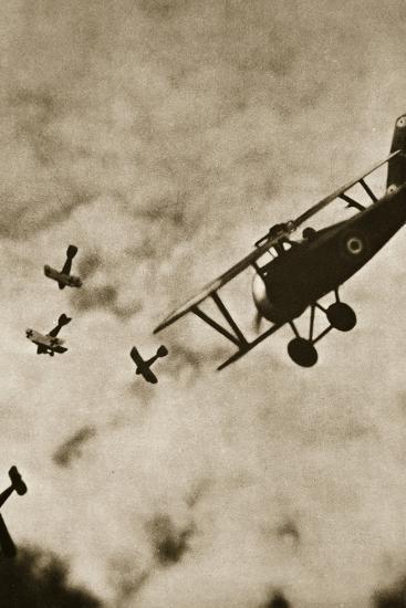 Pursuit. Aerial warfare, World War I, c1916-c1918-Unknown-Photographic Print