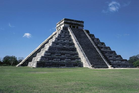 Pyramid of Kukulkan or El Castillo--Giclee Print
