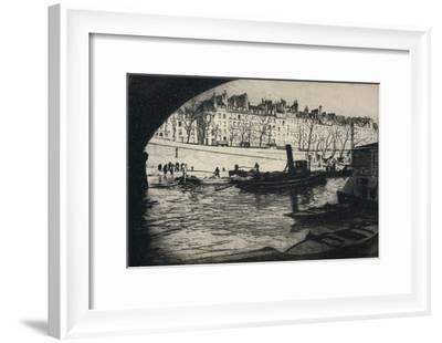 'Quai de l'Hotel de Ville', 1915-Edgar Chahine-Framed Giclee Print
