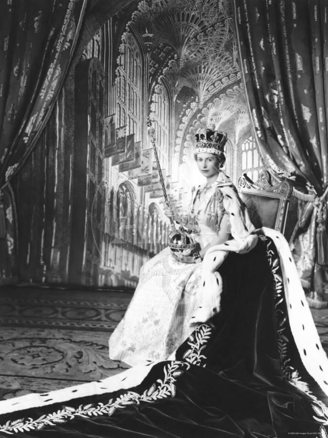 Queen Elizabeth II in Coronation Robes, England Photographic Print ...
